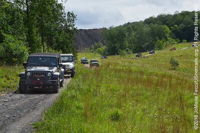 BantamRT_2018_0603_day2_ORC-lineofjeepsscenicview_DSC_0339_650w