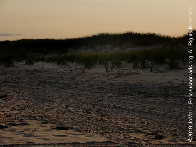NY_JUN2019_0622_LI_EastEnd-HitherHills_beach_sundowncolorless_DSCN4885_650w