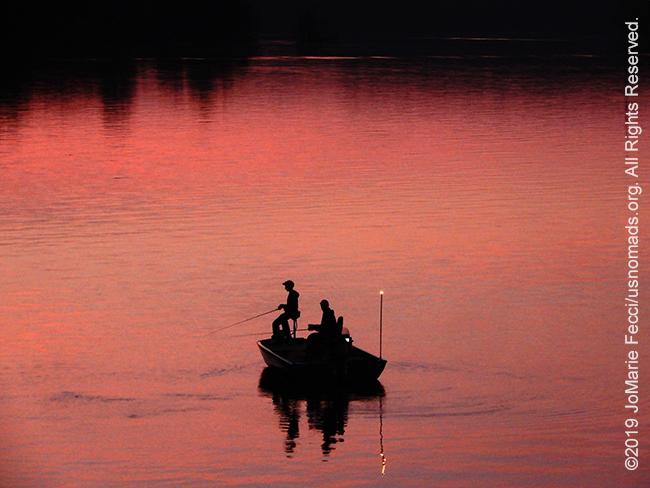 PA_JUN2019_BantamRT-0606_CoopersLake-enroutetoBantam_fishermenonpinklakeclower_DSCN4481_650w