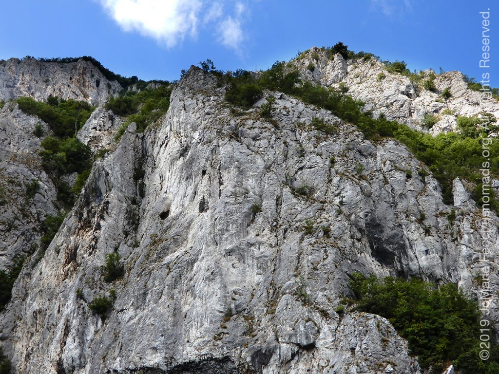 Serbia_Aug2019_Day07_roadtrip-gorge-rockcliffs_DSCN6529_1200w