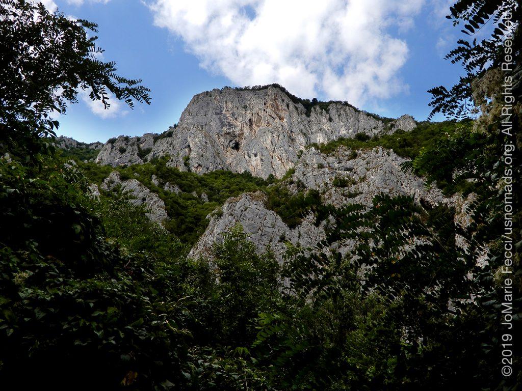 Serbia_Aug2019_Day07_roadtrip-gorge-rockcliffsthroughwoods_DSCN6526_1200w