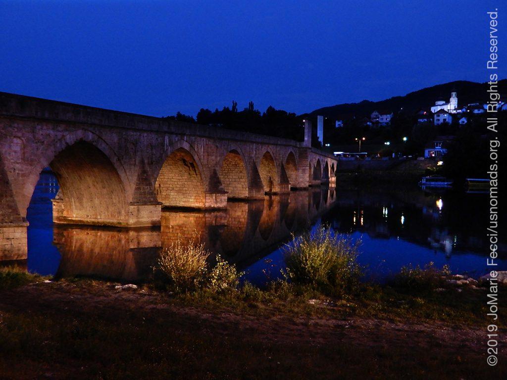 Serbia_Aug2019_Day07_roadtrip-visegrad-bridgeoverdrina-townbehindnight_DSCN6604_1200w