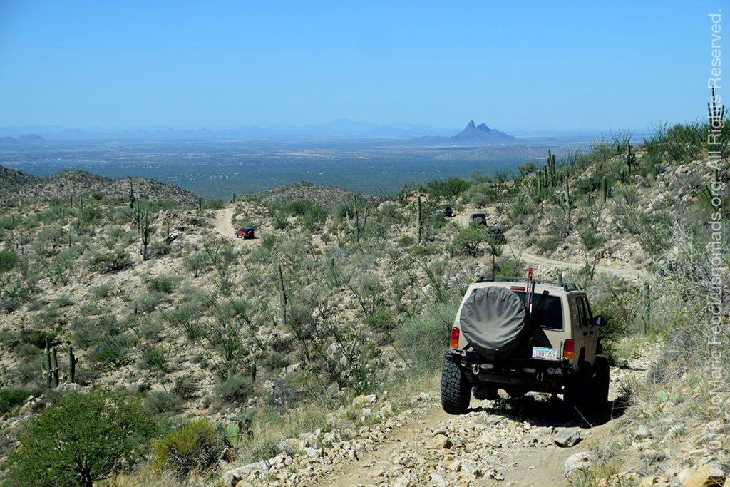 AZ_LONtrip_OCT2019_1005-Day03-TucsonRR_jeeponthetrailheadingforPicacho_DSC_0548_1200w